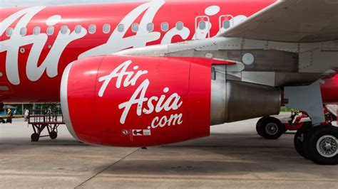 airasia flight to bali plunges 20 000 feet nova 100 my life flashed in front of me horrified airasia passengers