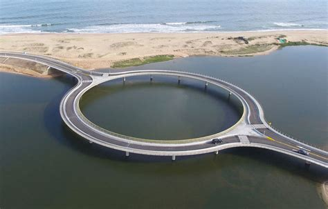 Architectural Site Plan by Un Pont Circulaire Pour Pouvoir Admirer Le Paysage