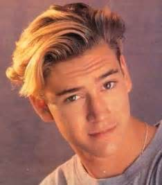 1990 actors with bowl haircuts hair toppiks men s hairstyles through the decades