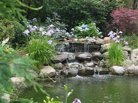 laghetto i giardini 40 foto di bellissimi laghetti da giardino mondodesign it