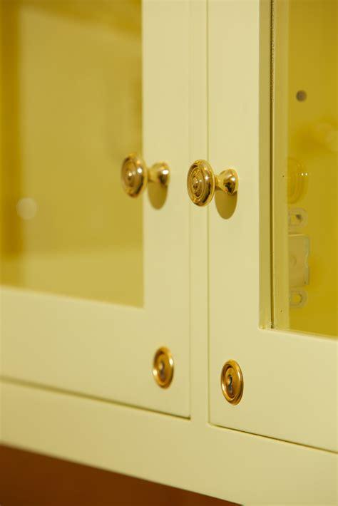 Locking Kitchen Cabinets   MF Cabinets