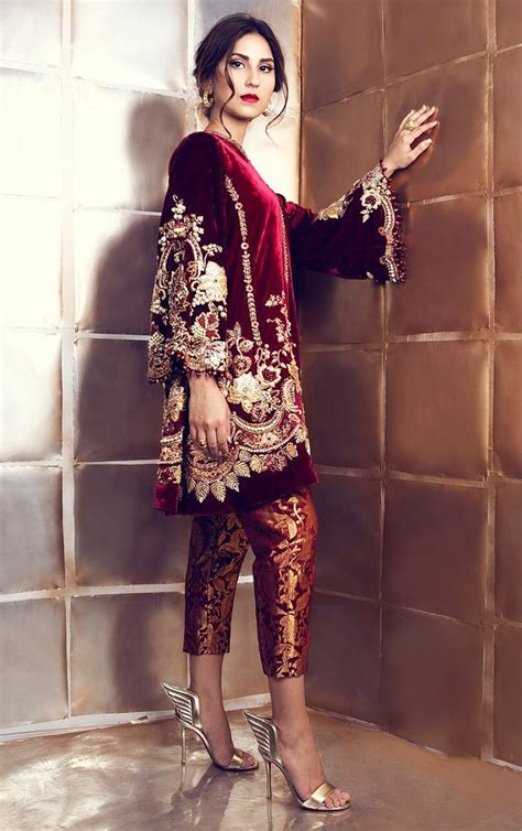 Trend Velvet by Velvet Embroidered Dress Trend Back In 2017 Fashion