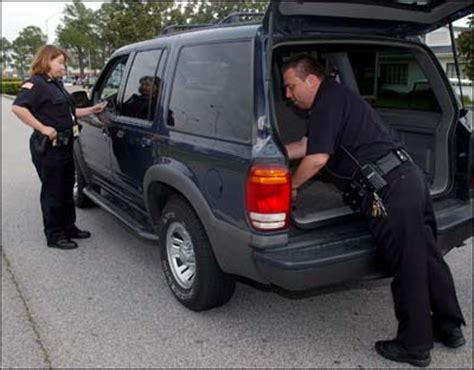 Warrant To Search Car Can The Search The Trunk Of Your Car Without A Warrant