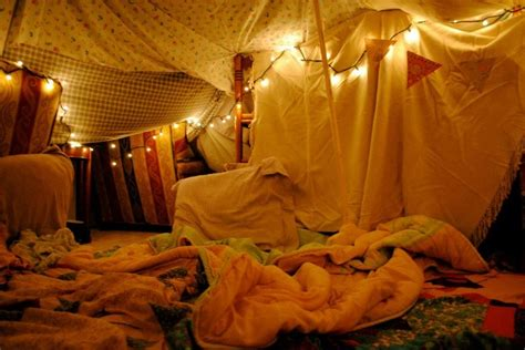 bedroom forts dreamy fort dens forts hideouts pinterest disney