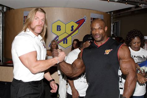 hhh bench press celebrity workout and diet plans triple h workout and diet