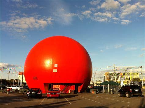 montreal secret the big orange reidontravel