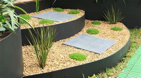 Landscape Edging Alternatives Alternative Garden Edging Formboss