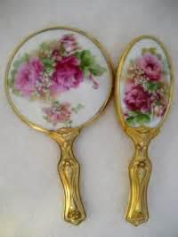 4 Sets Of Mirror And Comb Tendon 4 Set Sisir U685 nouveau mirror brush comb set antique porcelain