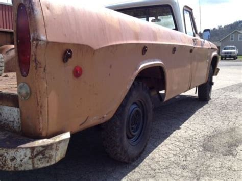 sell   dodge  power wagon   cyl  speed