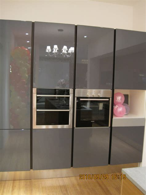 lacquered kitchen cabinets lacquer kitchen cabinet 004 china lacquer kitchen cabinet wooden cabinet