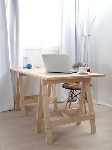 Desks Diy Simple Small Diy Home Office Furniture Decoration With Diy Wood Trestle Desk With Wood Leg