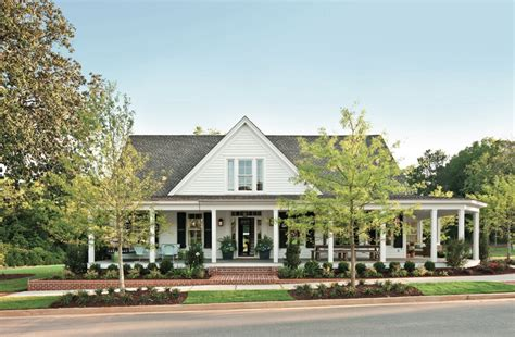 Sloan Editor Large Sw Green southern living sponsors restoration of historic farmhouse