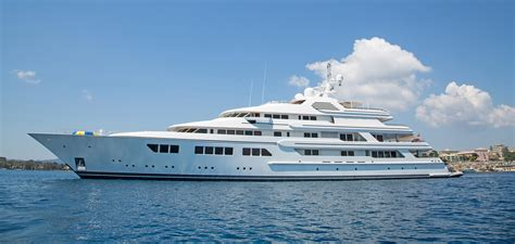 motor boat facts interesting facts about yachts idolbin