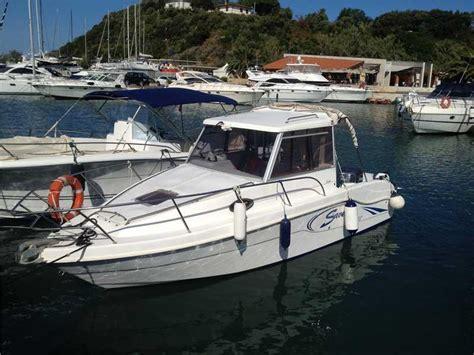 saver 22 cabin fisher usato saver 22 cabin fisher usato 2004 in vendita cerco