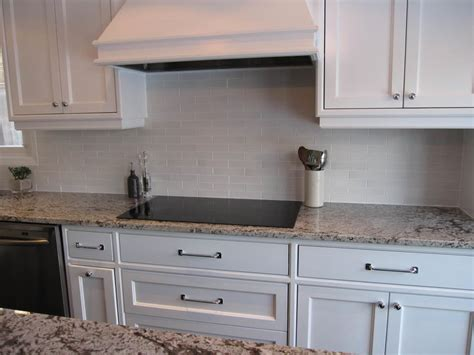 White Kitchen Cabinets With White Backsplash Subway Tile Backsplash Off White Cabinets Amazing Tile