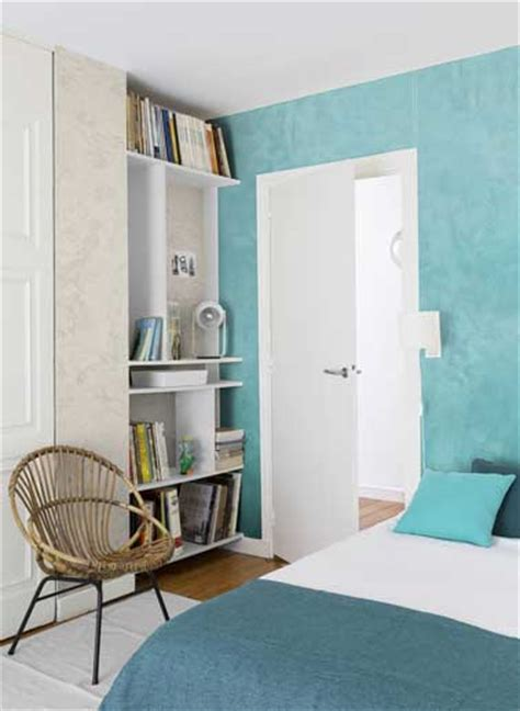 chambre ado peinture peinture nacr 233 e turquoise et beige dans une chambre d ado