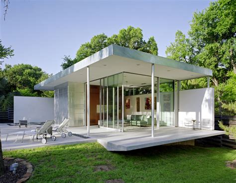 Tarrytown Pavilion Modern Pool By