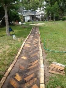 Artistic yet unique pallet wood walkway pallets designs
