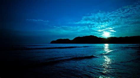 Deep blue: Sunset   On Black   Localize   Recent
