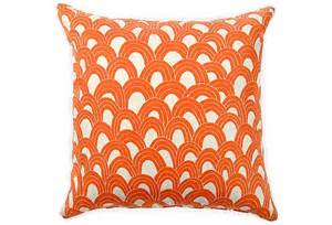 How To Puff Up Pillows by 145 Best Puff Up Your Pillows With Beautiful Fabric