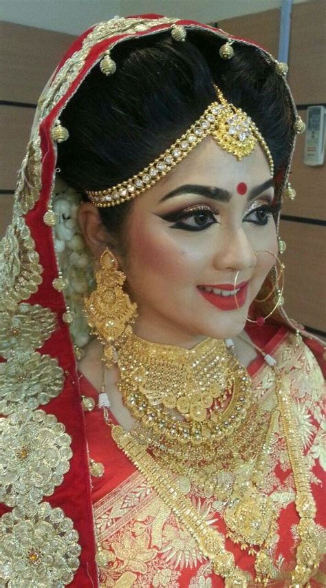 Best 25  Bengali bride ideas on Pinterest   Haldi ceremony