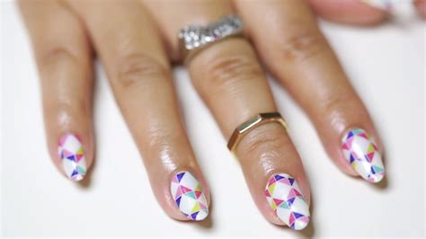 remove  diy gel manicure  nail polish strips