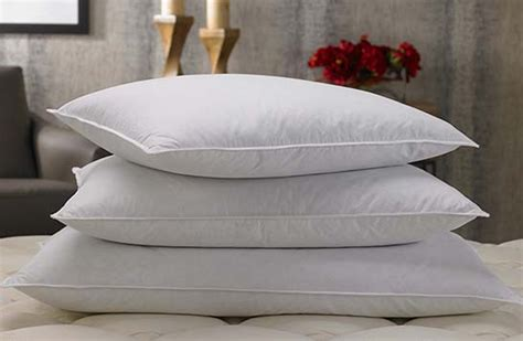 Marriott Feather Pillows by Buy Luxury Hotel Bedding From Marriott Hotels Pillows