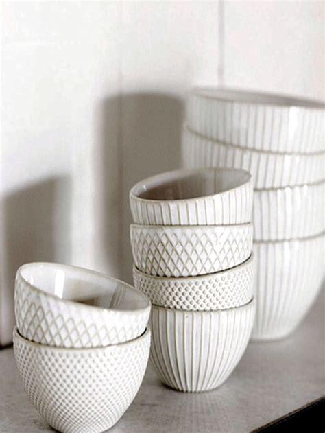 Ceramic Bowl Plate best 25 ceramic bowls ideas on pottery bowls