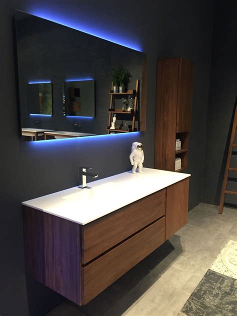 Modern Bathroom Floating Vanities stylish ways to decorate with modern bathroom vanities
