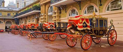 consolato italiano londra prenota royal mews le scuderie reali prenota i biglietti