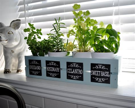 diy labeled indoor herb planters h o m e pinterest wood you like to craft herb garden with chalkboard