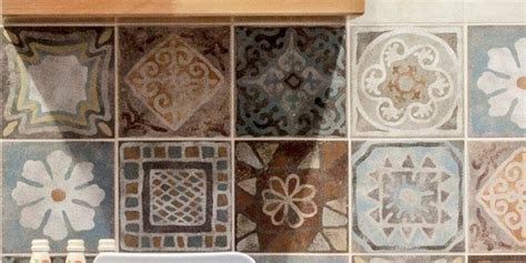 piastrelle pareti cucina scegliere le piastrelle per le pareti della cucina cose