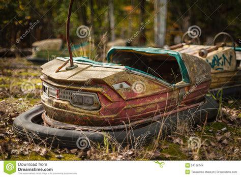 imagenes niños abandonados carros abundantes abandonados de oxida 231 227 o em pripyat