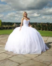 dresses for larger for weddings big wedding dresses designs wedding dress