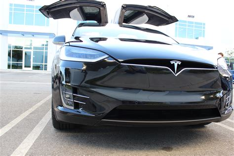 Tesla Model X Delivery Tesla Model X Deliveries In China Rumored To Be Hugely