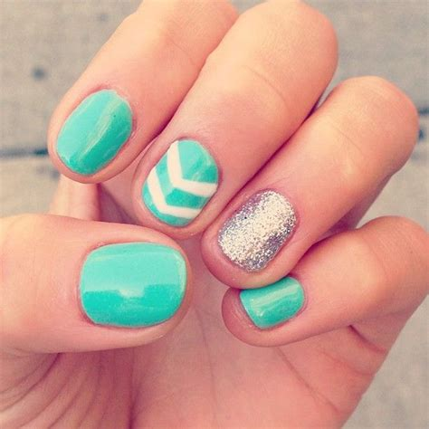 stylish nails to pair your black and white pretty