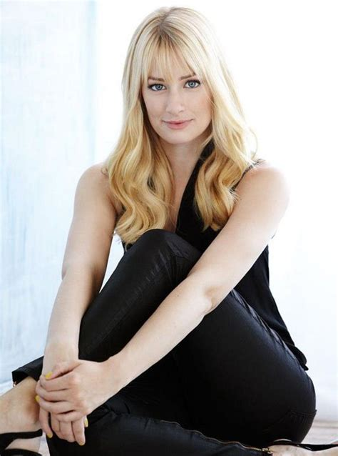 beth behrs hot  sexy pictures barnorama