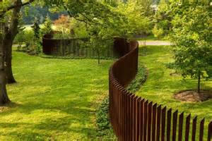 unique wood fence ideas for backyard or garden nytexas