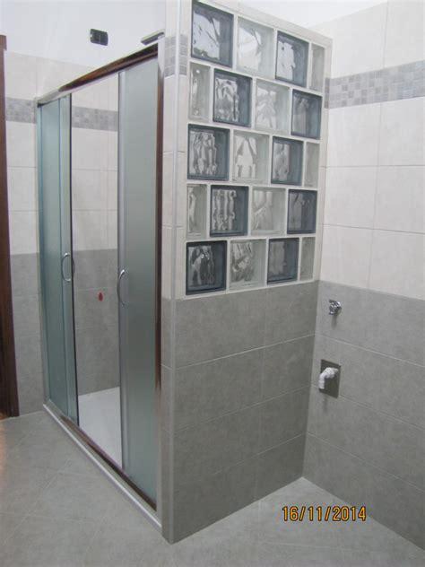 doccia vetromattone foto doccia con parete in vetrocemento di amantea luigi