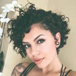 2 year wavy hair styles images 17 best ideas about short curly hairstyles on pinterest