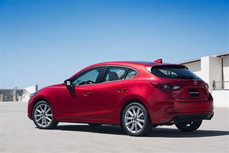 autos mazda 2017 2017 mazda mazda3 reviews and rating motor trend