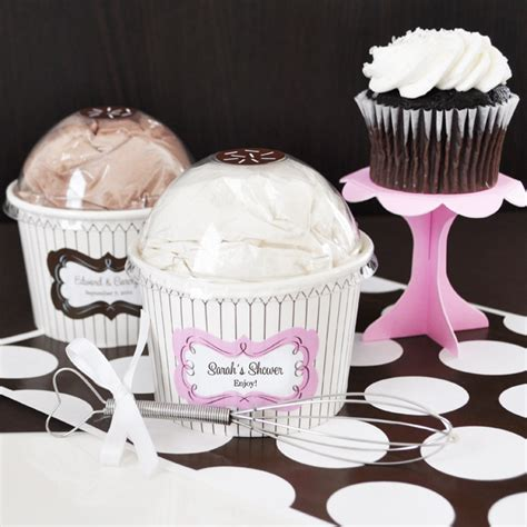 cupcake bridal shower favors 5 beautiful bridal shower favors your guests will wedding fanatic