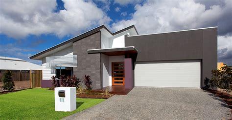 Split Level Garage by Aspect 27 Misa Constructions