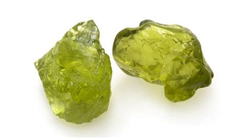 thehealingchest.com   Peridot Meaning