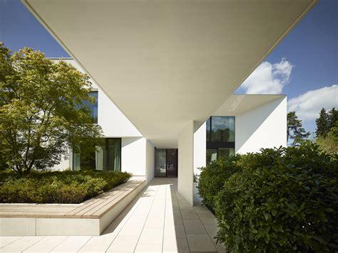 Haus Am Starnberger See by Haus Am See Titus Bernhard Architekten