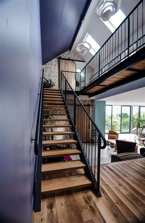 Escalier Maison Contemporaine by Designs D Escalier Suspendu Le Look Du Loft Moderne