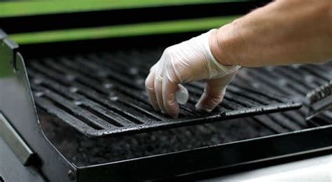 Nettoyer Sa Grille De Barbecue by Comment Nettoyer Grille Barbecue Nettoyage Plancha