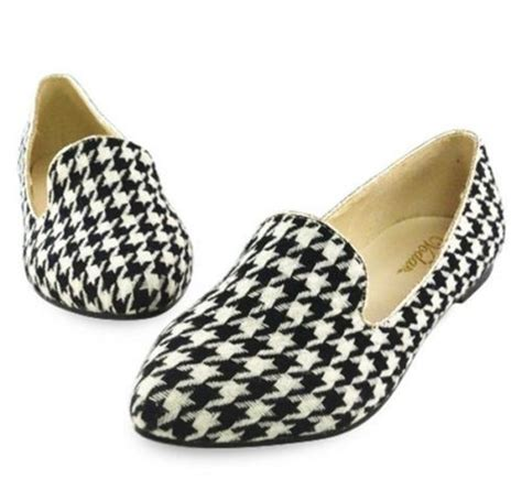 lovely white black houndstooth comfortable shoes