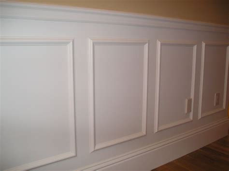 Simple Wainscoting by A Simple Way To Create A Raised Panel Look In Your Room
