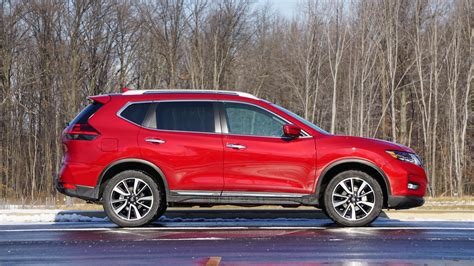 2017 nissan rogue review photo